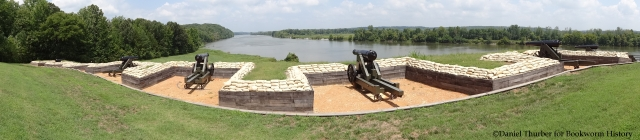 fort-donelson-river-battery-panoramic-cumberland-river-dover-tennessee-bookworm-history-daniel-thurber