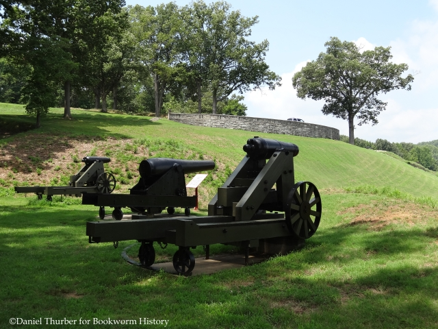 fort-donelson-river-battery-upper-battery-cumberland-river-dover-tennessee-bookworm-history-daniel-thurber